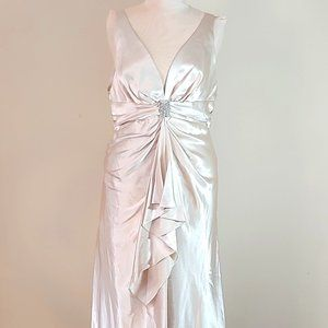 NWT Faviana Style 5433 Plus Size Long Gown in Gold